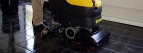 strojove-myti-podlah